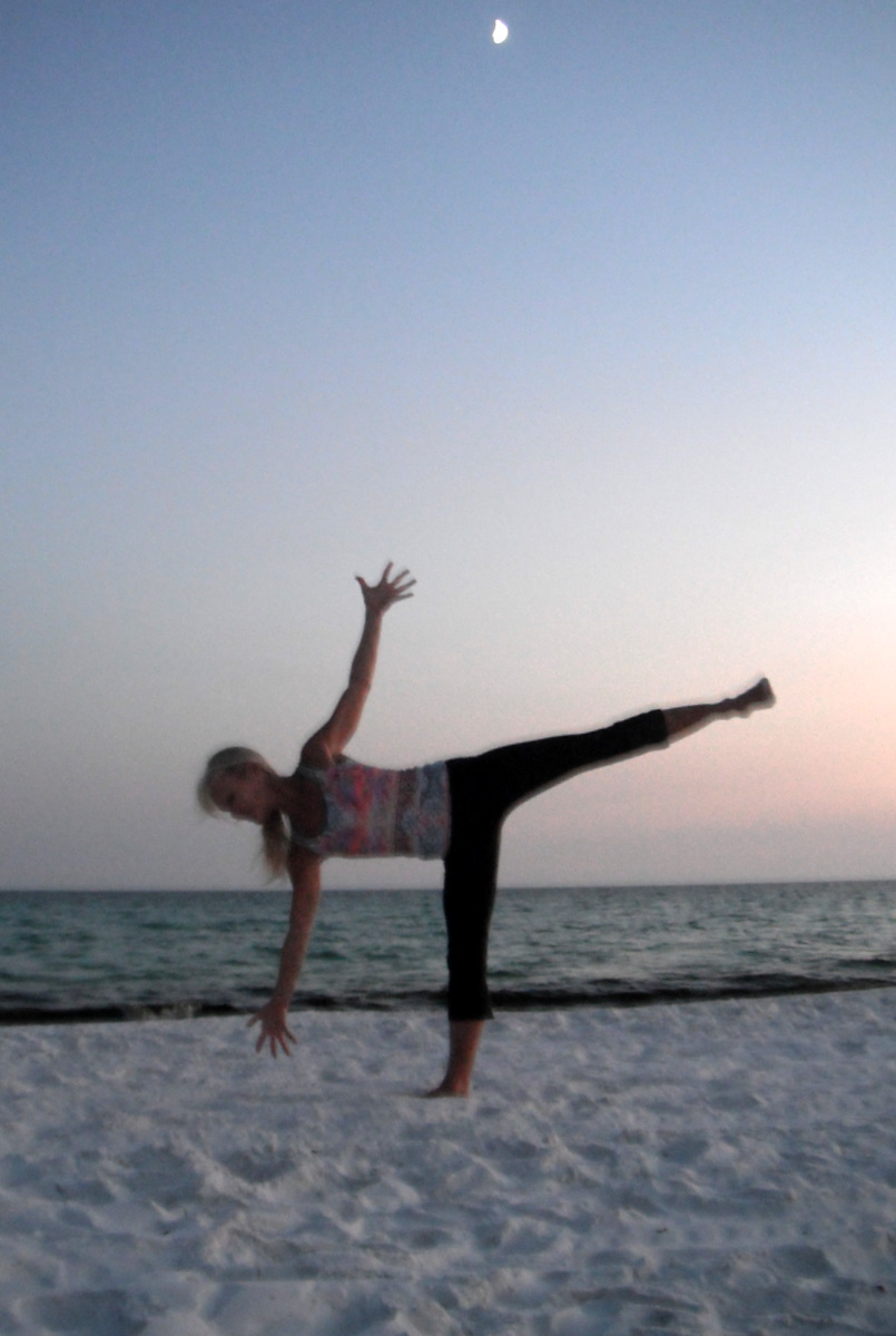 Beach Yoga Pose Pictures